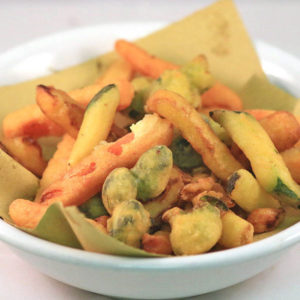 Panierte Gemüse in Backteig